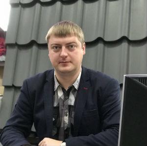 Игорь Геккер